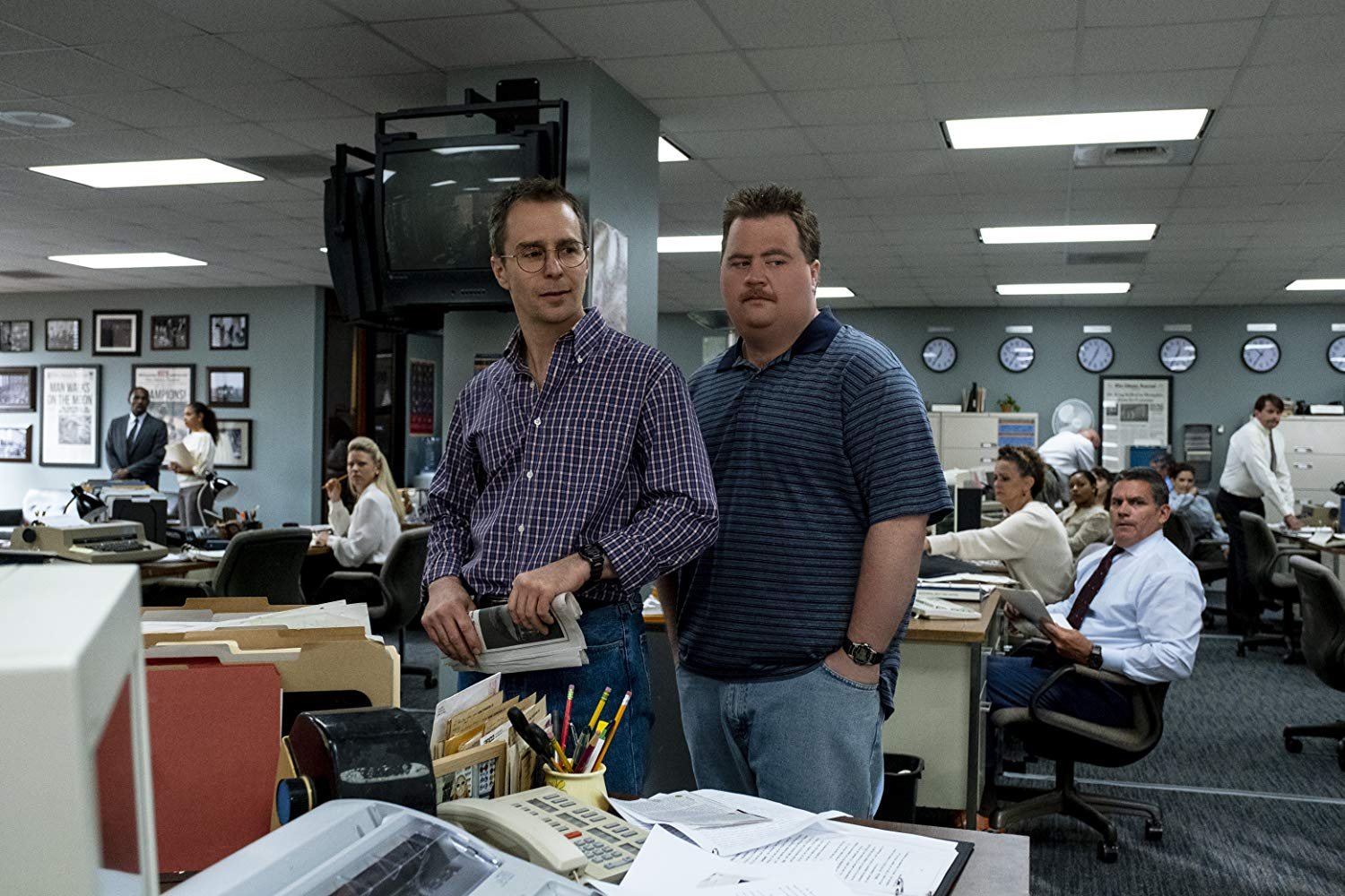 Paul Walter Hauser y Sam Rockwell en Richard Jewell (2019)